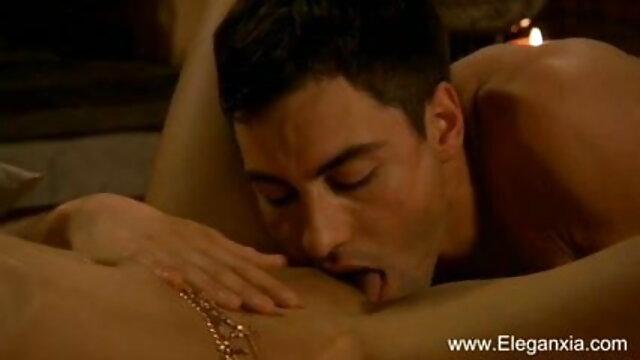 एक लैटिना एमआईएलए आईआर गड़बड़ हो जाता है हिंदी में सेक्सी मूवी फिल्म