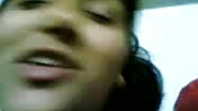 असली पार्टी हिंदी में सेक्सी वीडियो फुल मूवी प्यार किशोर किशोर बफ
