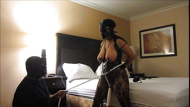 TeensDoPorn सेक्सी वीडियो में हिंदी मूवी - स्कारलेट रेड एक शरारती नर्स है