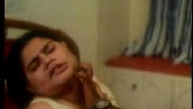 मौली बेनेट किशोर पीओवी 2 लंड 420 फुल सेक्सी मूवी वीडियो में लेता है