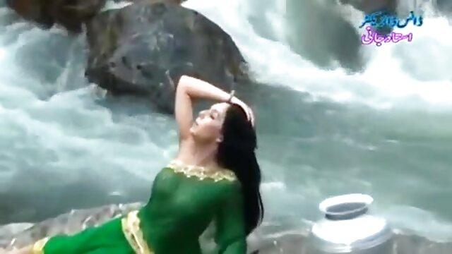 गरम सामान हिंदी फिल्म सेक्सी एचडी में १
