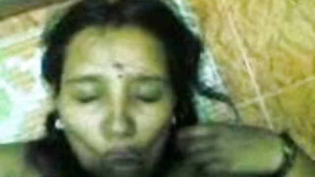 असली सेक्सी मूवी हिंदी में सेक्सी मूवी घर पर गर्म माँ