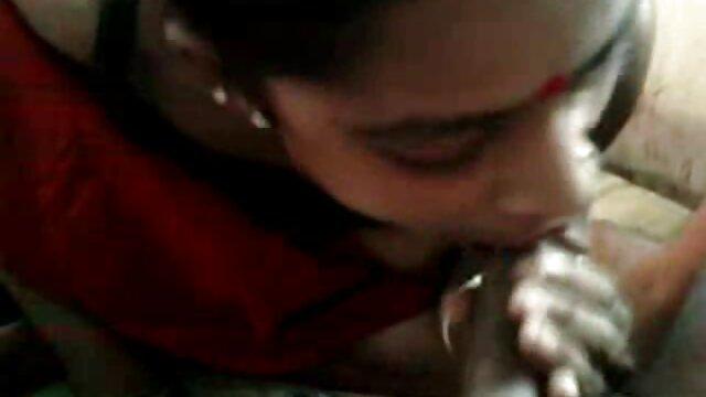 रेडहेड लैपडैंसर के सेक्सी मूवी हिंदी में सेक्सी मूवी लिए किंकी ANAL