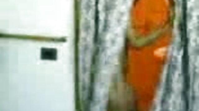 जवान मूवी सेक्सी फिल्म वीडियो में लड़की गुदा 2