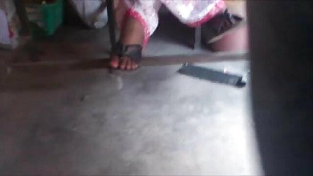 शौकिया सड़क के किनारे वैन सेक्सी एचडी मूवी हिंदी में सेक्स दृश्यरतिक