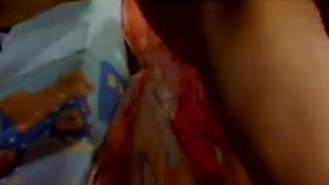 हिना खेलने के लिए दो लंड से गर्म हिंदी में सेक्सी वीडियो मूवी हो जाती है