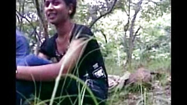 बेल्ट हिंदी में फुल सेक्सी फिल्म के साथ सजा