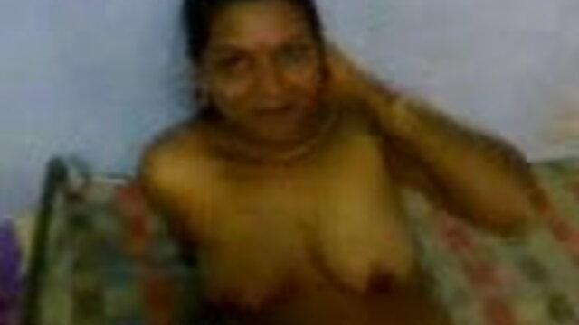 awek केना गोदा हिंदी में सेक्सी वीडियो फुल मूवी