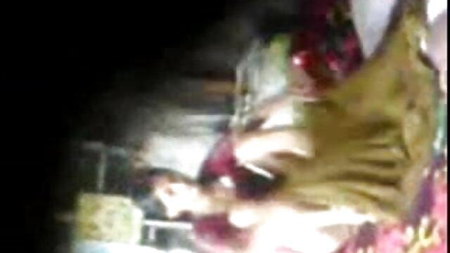 नकाबपोश मूवी सेक्सी फिल्म वीडियो में लैला लोपेज़