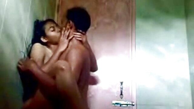 BiBox 3 हिंदी में सेक्सी मूवी वीडियो में 1of5