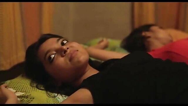 फोटोबकेट - 10 हिंदी में सेक्सी फिल्म मूवी ब्लोजॉब