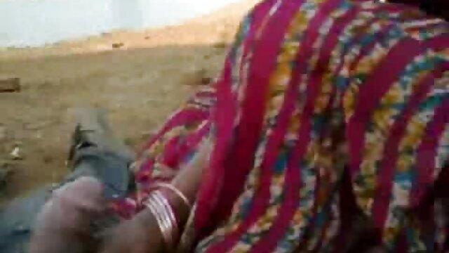 छेदा निपल किशोर गड़बड़ सेक्सी मूवी दिखाओ हिंदी में और चेहरे का