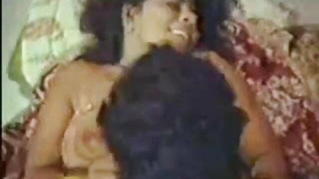 सोने से पहले हिंदी में सेक्सी पिक्चर मूवी चोदना