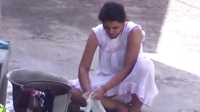 mmc - हिंदी में सेक्सी मूवी फिल्म किशोर भगदड़ a
