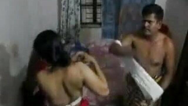 हॉट इबोनी के सेक्सी मूवी फिल्म हिंदी में साथ नंगा नाच