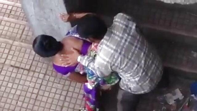 गधा यातायात ताजा लड़की तीन बड़े डिक के साथ मुंह से गधा सेक्सी वीडियो में हिंदी मूवी हो जाता है