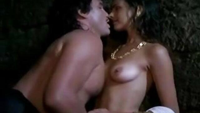 दो लोगों को वापस करने के हिंदी में सेक्सी मूवी वीडियो लिए