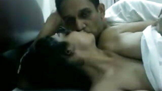 जब कला और पोर्न टकराते हैं हिंदी में फुल सेक्सी फिल्म - blowjob