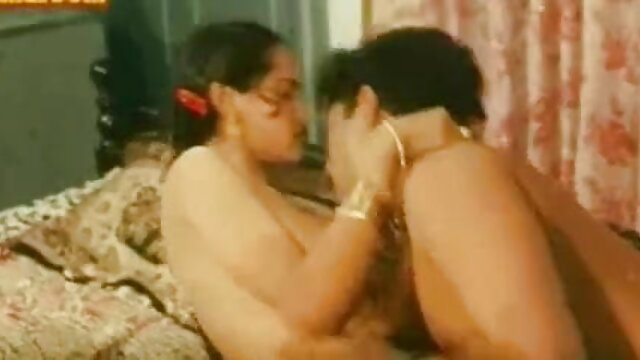 रूसी सेक्सी मूवी फिल्म हिंदी में क्रीमपाइ