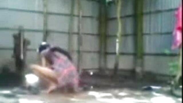 पापा सेक्सी वीडियो में हिंदी मूवी - स्वर्ग में लेबो