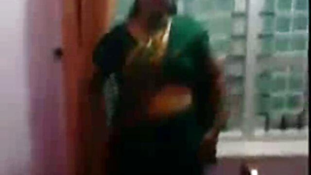 फोडा सेक्सी मूवी सेक्सी मूवी हिंदी में इंडियाना