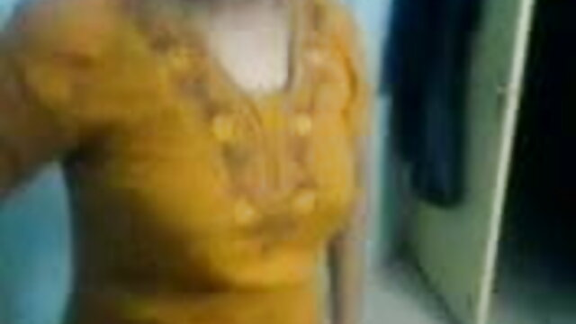 एमआईएलए और हिंदी सेक्सी मूवी वीडियो में लड़का - 5