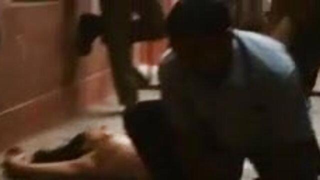 19 साल का किशोर वेब सेक्सी वीडियो में हिंदी मूवी कैमरा शो
