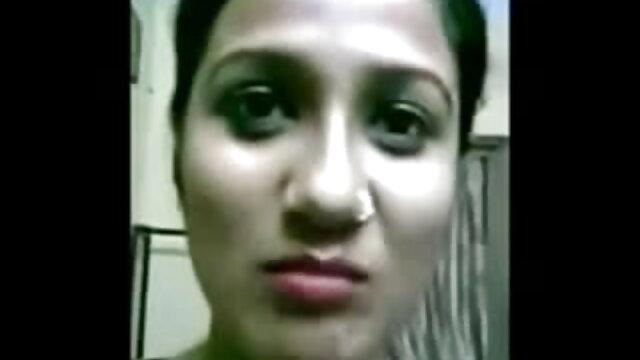 प्यारी सेक्सी मूवी फुल एचडी हिंदी में गुड़िया पागल नाच
