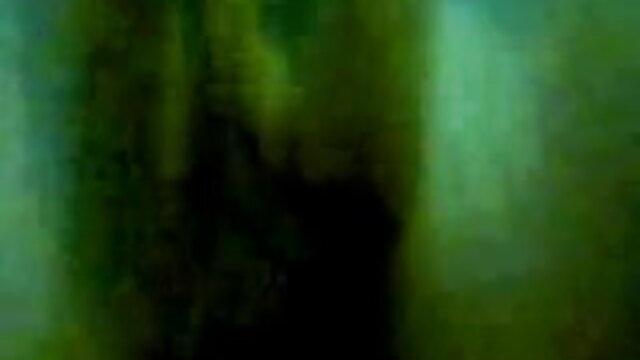 सारा सेक्सी मूवी फुल एचडी हिंदी में लक्सर हाथापाई सौतेला भाई