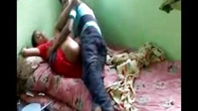 काला एचडी सेक्सी मूवी हिंदी में समूह सेक्स