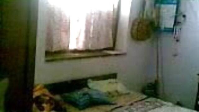 किशोर फूहड़ गुदा के लिए सेक्सी वीडियो एचडी मूवी हिंदी में तैयार है