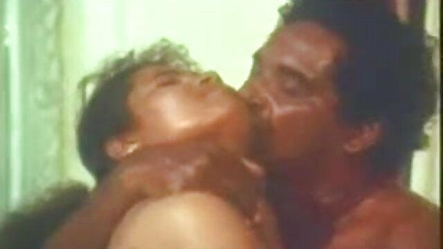 देर रात सेक्सी मूवी सेक्सी मूवी हिंदी में मस्ती