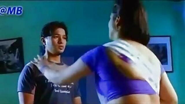एंजेलीना एक अच्छा बकवास दृश्य में फुल सेक्सी मूवी वीडियो में