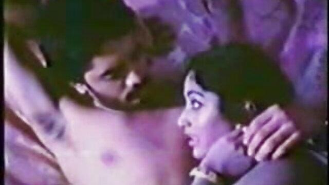 परिपक्व महिलाओं युवा सेक्सी वीडियो एचडी मूवी हिंदी में लड़का