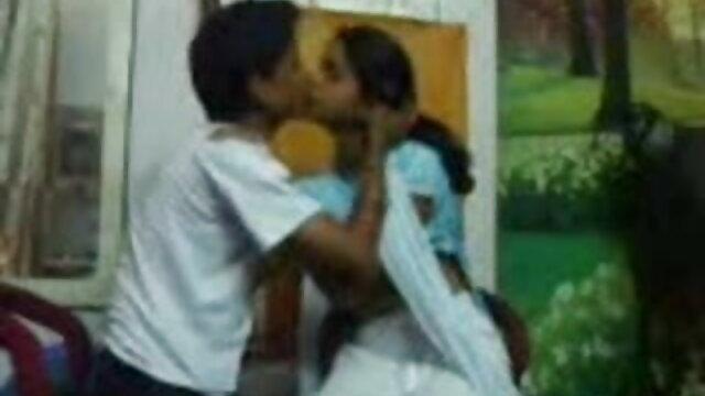 दो हॉर्नी लड़कियां तरस सेक्स की मूवी हिंदी में रही हैं कि इन लोगों से शुक्राणु