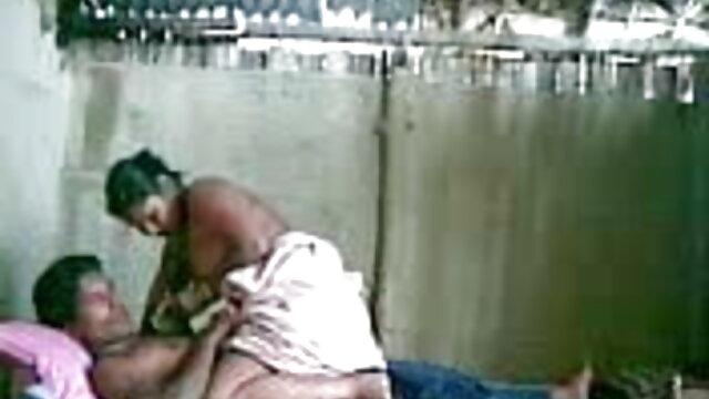 मुस्कुराते हुए, हैप्पी, ब्यूटीफुल सेक्सी टीन बेब हिंदी सेक्सी मूवी वीडियो में देखना होगा।