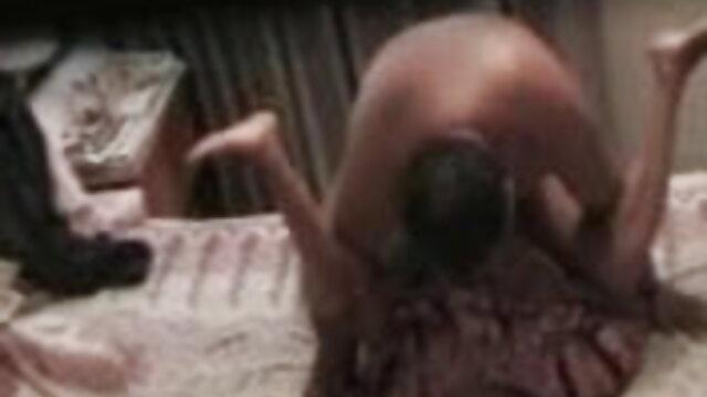 विक्टोरिया हिंदी में सेक्सी मूवी वीडियो के प्राकृतिक स्तन कठिन बकवास के दौरान उछलते हैं